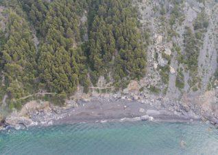 Foto area da drone della spiaggia di Punta Corvo