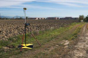 Immagine di un GPS Geomax Zenith 20
