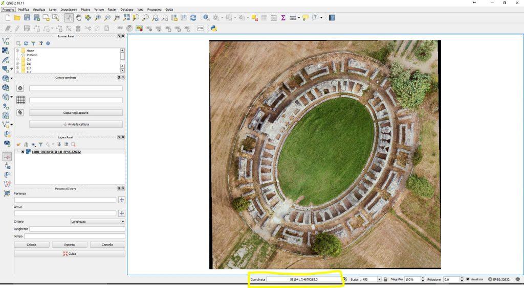 Finestra di QGIS che mostra il risultato della georeferenziazione di un'immagine raster