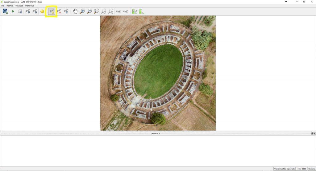 Schermata di QGIS per l'inserimento delle coordinate dei punti di controllo GCP nel processo di georeferenziazione di un'immagine