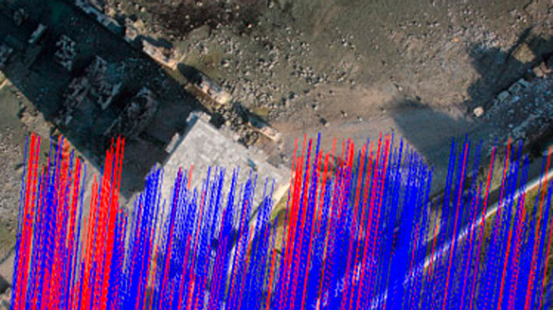 Immagine che mostra linee di match che collegano punti omologhi nell'allineamento tra immagini in Agisoft Photoscan