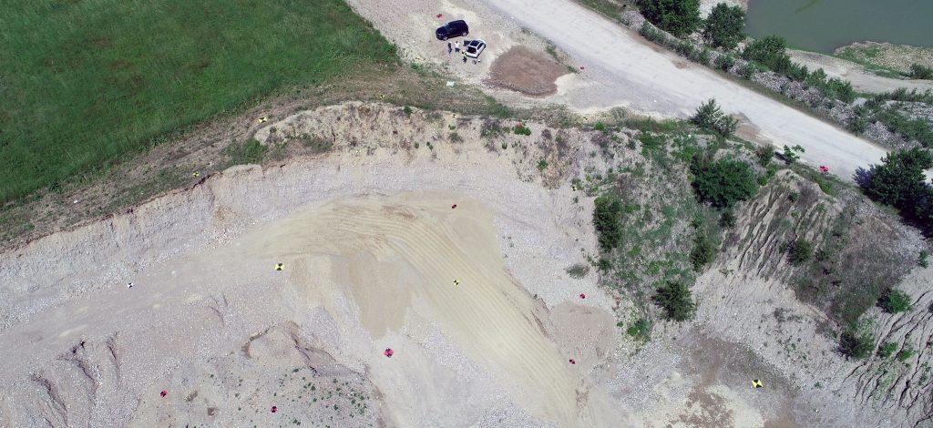 Immagine aerea di area di cava interessata da rilievo aerofotogrammetrico con DJI Spark