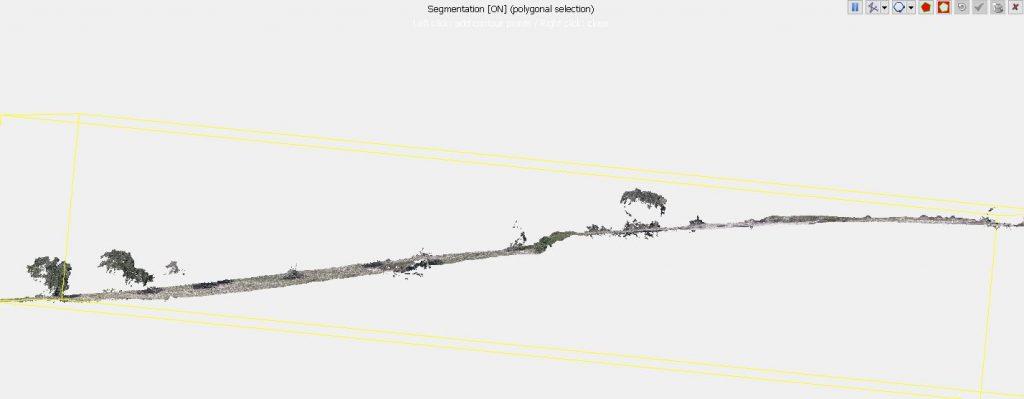 Immagine che mostra il segment Tool in Cloud Compare attivo su una vista laterale
