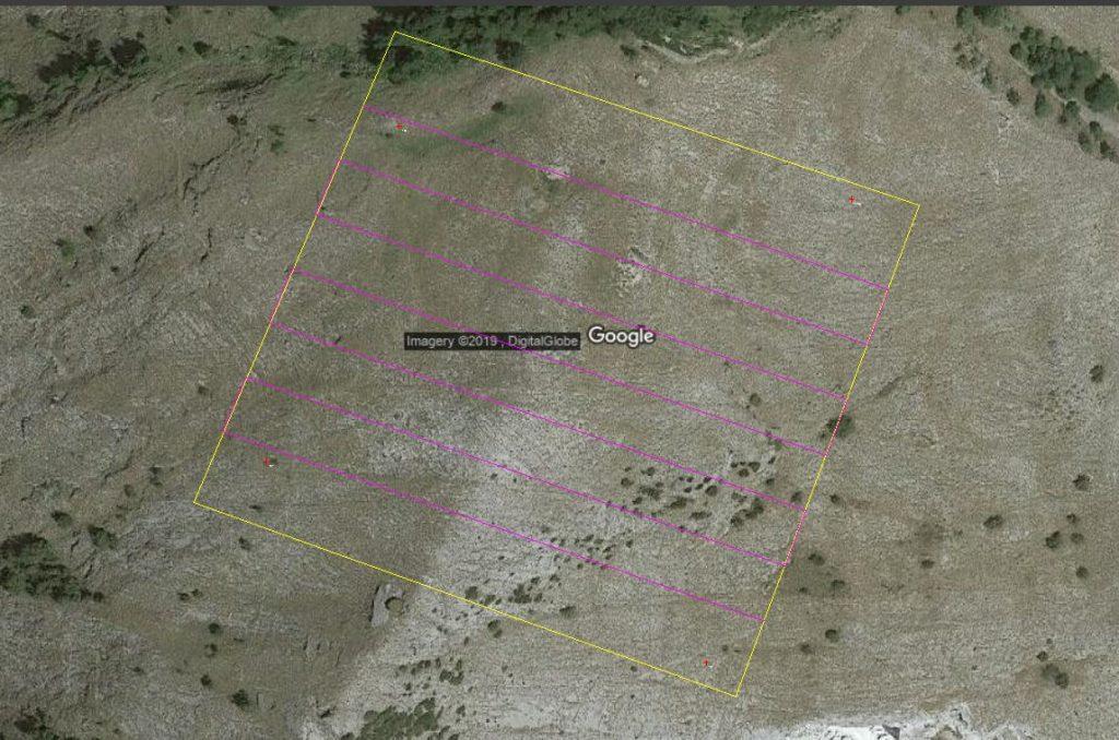 Immagine che mostra l'individuazione dell'area e calcolo delle strisciate di volo in Thopos