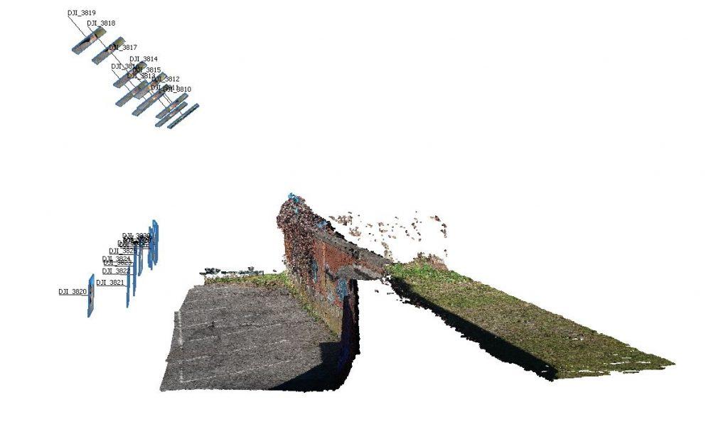 Immagine che mostra la vista assonometrica della nuvola densa da rilievo con fotografie frontali e oblique