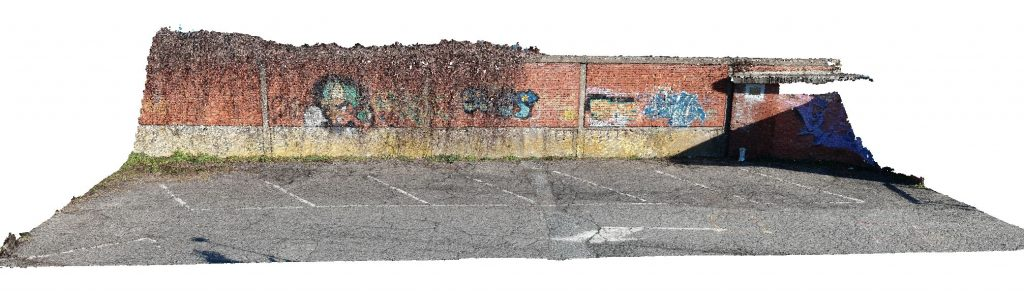 Immagine che mostra la vista frontale della nuvola densa da rilievo con fotografie nadirali, oblique e frontali