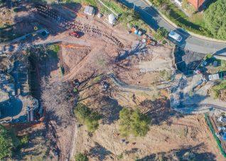 Immagine di foto aerea da drone di cantiere edile