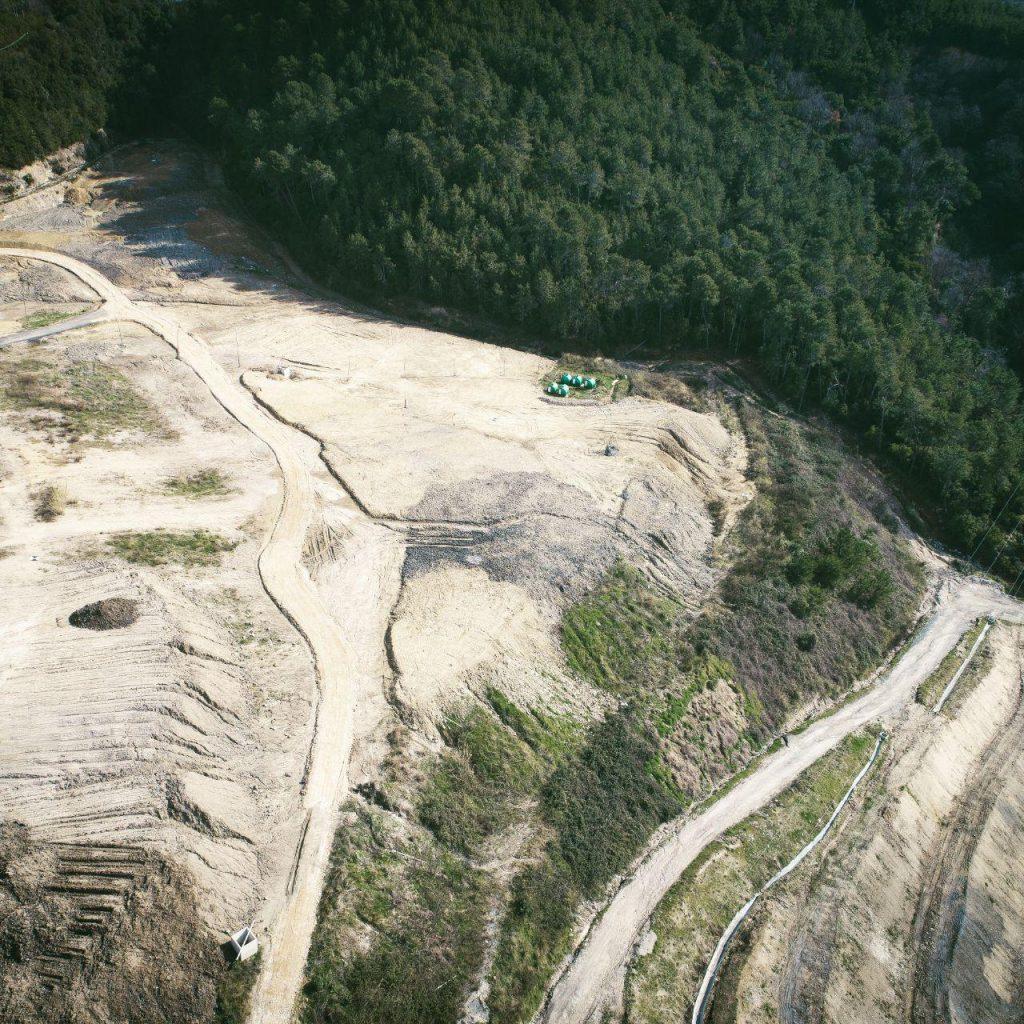 Immagine area scattata da drone di area di discarica