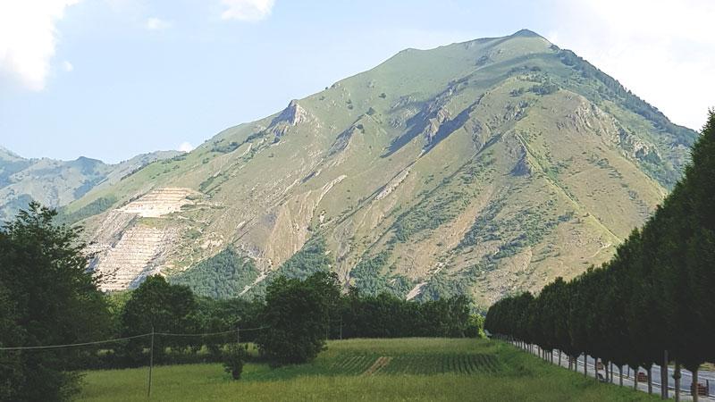 Vista del monte La Piastra da Entracque