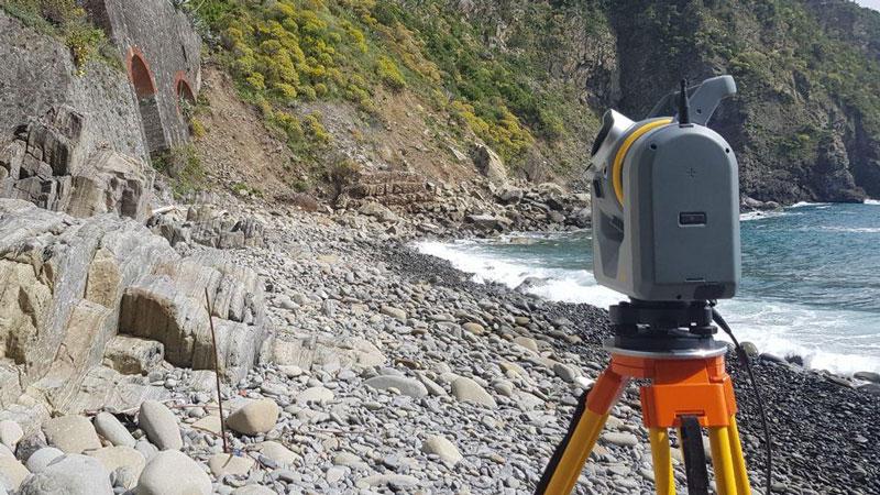 Laser scanner terrestre Trimble SX10