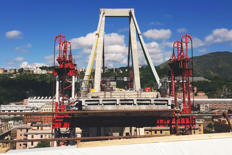 Ponte Morandi Pila 10 vista dall'impalcato verso Ponente